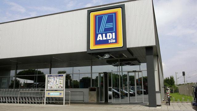 Aldi Süd will in seinen Filialen und Logistikzentren die Energieeffizienz verbessern und CO2-Emissionen verringern. (Quelle: Unternehmen)