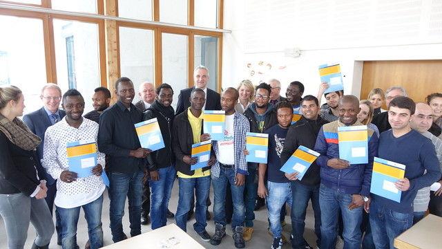 Diese Flüchtlinge sind für die Arbeit in Bäckereien qualifiziert worden.  (Quelle: Wolf)