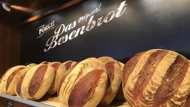 Das Besenbrot ist das Markenzeichen und Aushängeschild der Bäckerei Förch in Erlenbach.   (Quelle: privat)