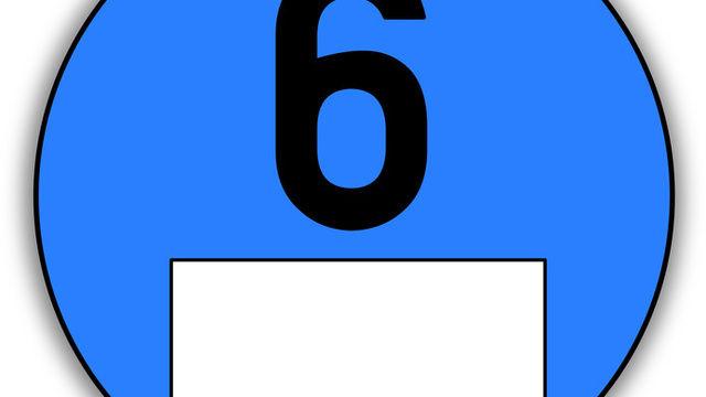 Fahrzeuge ohne blaue Plakette sollen nicht mehr in Innenstädte fahren dürfen, um dort die Feinstaubbelastung zu senken. (Quelle: Fotolia)