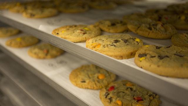 Cookies aus der Linienproduktion bei Aryzta. (Quelle: Archiv)