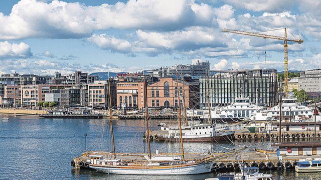 Norwegens Hauptstadt Oslo: ein attraktives Reiseziel – mit zahlreichen Bäckerei-Cafés. Fotos (2): Fotolia (Quelle: Figurniy Sergey)