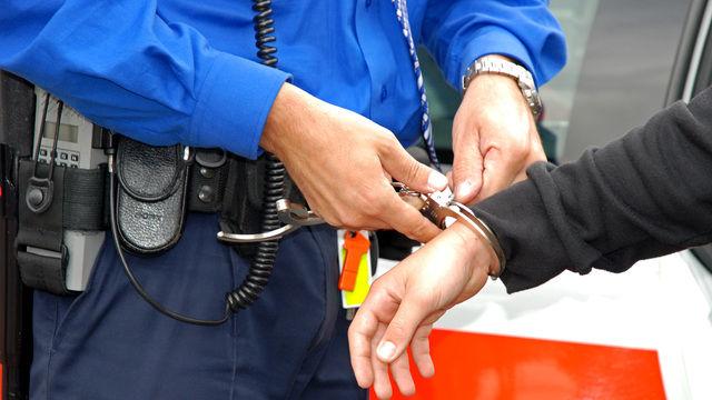 Die Verdächtigen wurden verhaftet und sitzen aktuell in Abschiebehaft. (Quelle: Paul-Georg Meister  / pixelio.de)