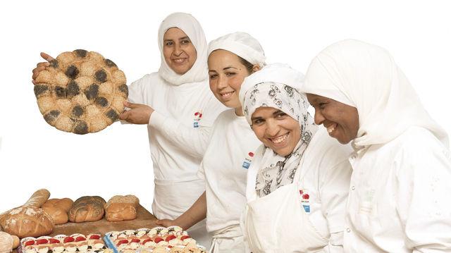 In der Bäckerei in Casablanca sind verwitwete oder junge, ungewollt schwangere Frauen im Einsatz, die häufig von ihren Familien verstoßen werden. (Quelle: Stiftung/privat)