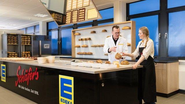 Bei den Backshops können nach dem Einkauf noch schnell Brot und Brötchen gekauft werden. (Quelle: Unternehmen)