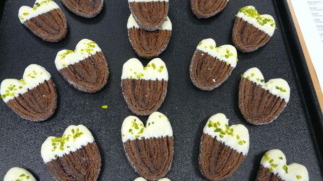Die Schokoladen Schweineöhrchen zeigen die Kreativität von motivierten Auszubildenden. (Quelle: Richter)