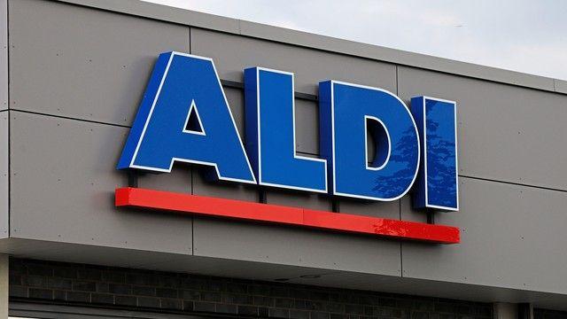 Aldi bietet künftig nur noch Mehrwegtragetaschen aus Recyclingmaterial an. (Quelle: Archiv/Kauffmann)