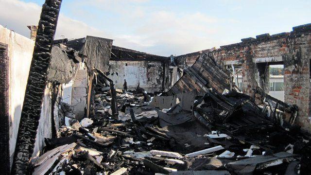 Bei einem Brand in einer Backstube wurde ein Mitarbeiter verletzt. (Quelle: pixabay.com/erA_Blackout)