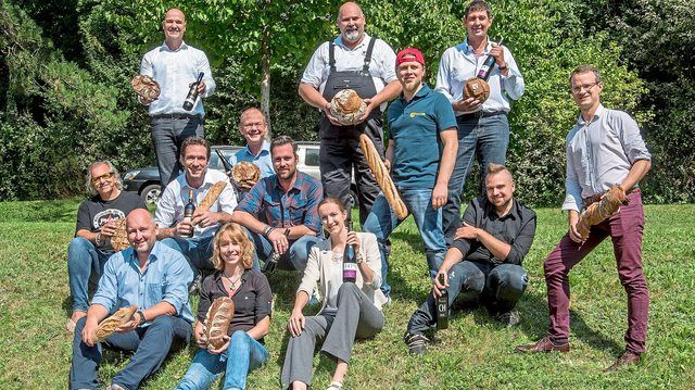 Die Fachleute des Deutschen Brotinstituts und des Deutschen Weininstituts bei ihrem ersten Treffen in Weinheim. (Quelle: Deutsches Brotinstitut, Bernd Siebold)