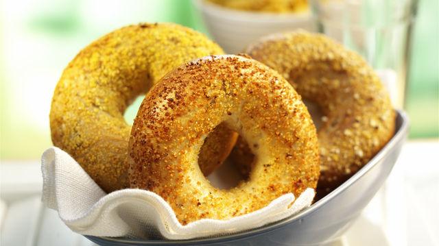 Bagels gibt es in unterschiedlichen Varianten: Joseph Brot hat den eigenen Wiener Style hinzugefügt. (Quelle: Archiv)