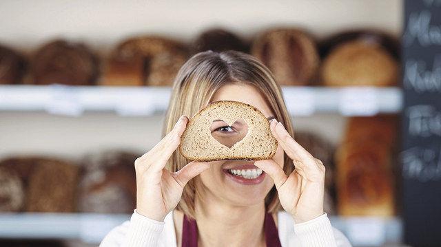 Bei einer angespannten Stimmung im Laden kann Humor viel zur Entspannung beitragen. (Quelle: Fotolia)