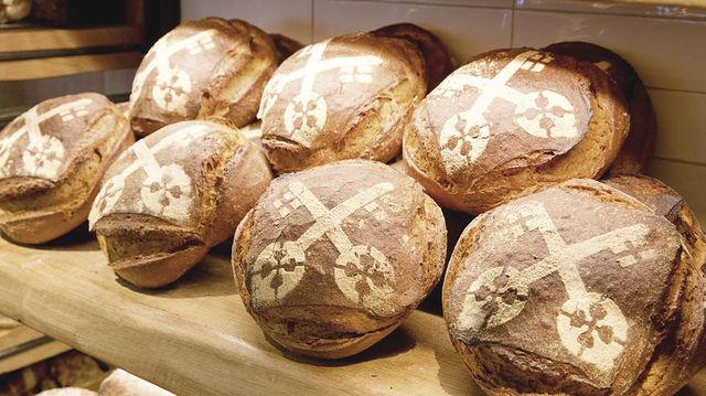 """Das Brot zur Ausstellung: Kapps """"Petrus-Brot"""". (Quelle: Zoller)"""
