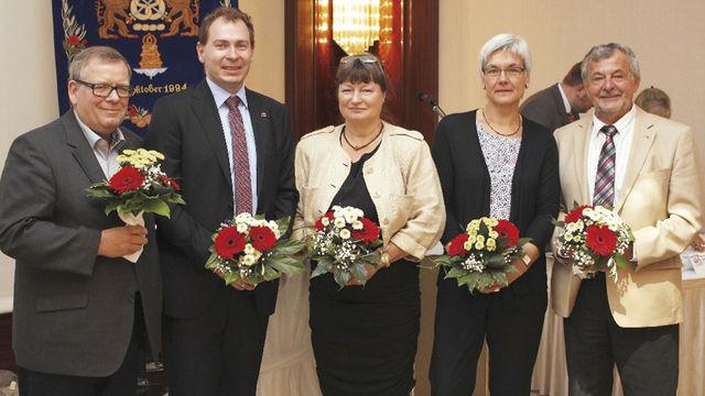 Der neu gewählte Vorstand (v.l.): Klaus Schreiber, Matthias Rauch (Kassenwart), Diana Lewandowski, Bäckermeisterin und Verbandsvorsitzende Christa Lutum und Rolf-Michael Schmidtke. (Quelle: Verband)
