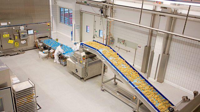 Blick in eine Cookie-Produktionsanlage von Aryzta. (Quelle: Archiv/Unternehmen)