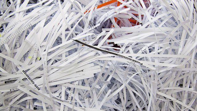 Ab 1. Januar 2018 schreddert der Reißwolf wieder etliche Dokumente, die außerhalb der gesetzlichen Aufbewahrungsfrist liegen.  (Quelle: pixabay.com / stux)