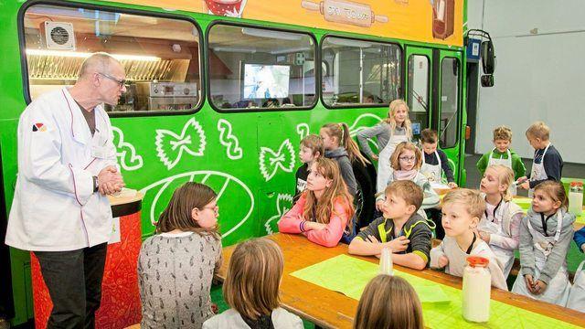 Der Backbus ist bei der Internationalen Grünen Woche ein Highlight für die Kinder.  (Quelle: Zentralverband)