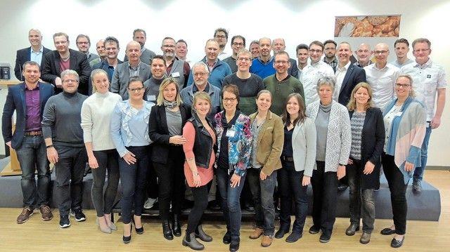 Geballte Fachkompetenz: Die Lehrer des ADB-Verbundes trafen sich in der Akademie Weinheim. (Quelle: Akademie Deutsches Bäckerhandwerk)