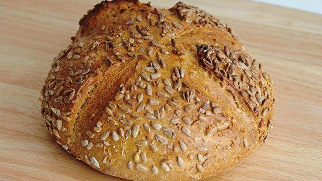 Bäckerei Rösner ruft ihr Sonnenblumenbrot zurück – es könnte Metallteilchen enthalten. (Quelle: Symbolbild/ Kauffmann)