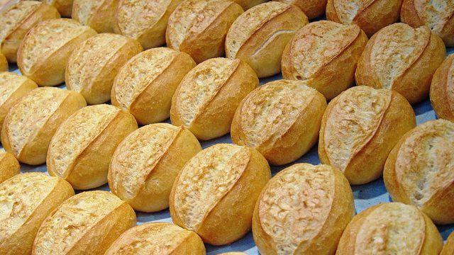Bäcker sind gezwungen, mehr Geld für ihre Produkte zu verlangen. Den Anfang machen Brötchen.  (Quelle: Archiv / Kauffmann)