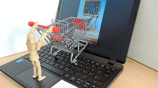 Etablierte Betriebe genießen mehr Vertrauen als zum Beispiel Discounter. (Quelle: Juergen Jotzo_pixelio.de)