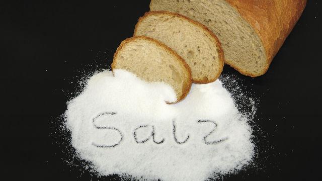 Kardinalfrage: Wie viel Salz muss ins Brot, damit es schmeckt, ohne als gesundheitsschädlich zu gelten? (Quelle: ABZ-Archiv)