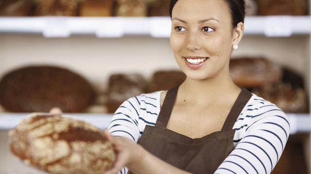 Motiviertes, gut bezahltes Personal verkauft hochwertige Produkte zu entsprechenden Preisen. (Quelle: Fotolia)