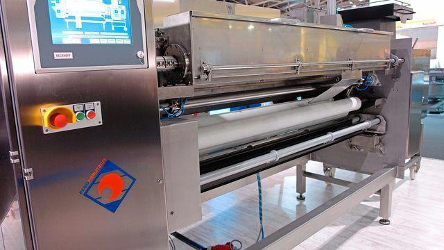 Rego Herlitzius hat das Geschäft mit großen Bäckereimaschinen - hier eine Strangbrotanlage - an MKW abgegeben. (Quelle: Archiv/Kauffmann)