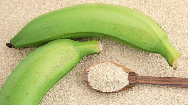 Mehl aus grünen Bananen bringt eine weitere Zutat in die glutenfreie Bäckerei. (Quelle: Shutterstock)