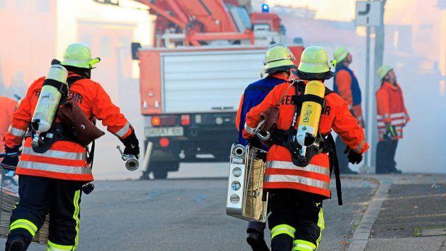 Die örtliche Feuerwehr hatte den Brand schnell unter Kontrolle. (Quelle: Pixabay.com/Fachdozent)