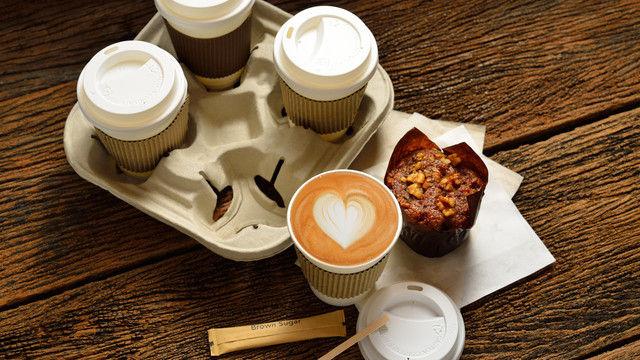 Beim Außer-Haus-Verkauf haben Bäcker 2017 zwei Prozent mehr Kunden gewonnen.  (Quelle: Shutterstock)