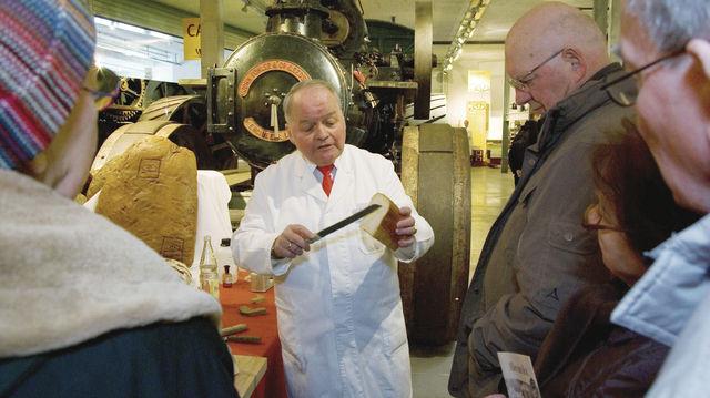Hatte viel zu erklären: Bäckermeister und Brotprüfer Heinz-Peter Kohlgrüber. (Quelle: Museum)