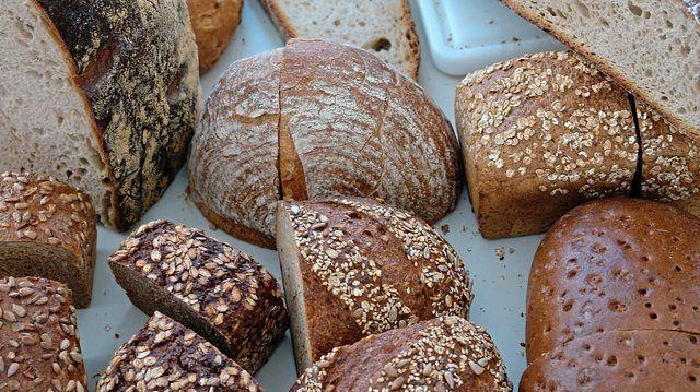 Gefahr von Metallteilen: Bäckerei Ihle ruft Brotsorten zurück. (Quelle: Symbolbild Archiv)