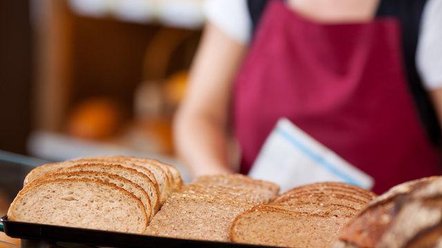 Ab 1. Mai 2018 soll es keine Backwaren in den Filialen der Bäckerei Entner mehr geben.  (Quelle: Fotolia/conzeptwerkstatt)