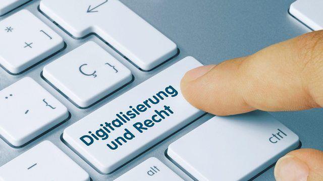 Betriebe müssen ab sofort die neuen Datenschutzregeln beachten.  (Quelle: Fotolia/momius)