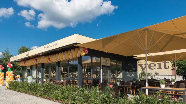 Der neue gestaltete  Vortagsladen als Café-Konzept am Produktionsstandort.   (Quelle: Unternehmen)