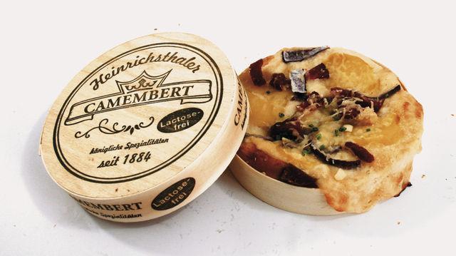 """Siegerprodukte von der Bäckerei Ways: Der Camembertthaler (oben) und die """"Kleine Ziege"""". (Quelle: Macht/Unternehmen)"""
