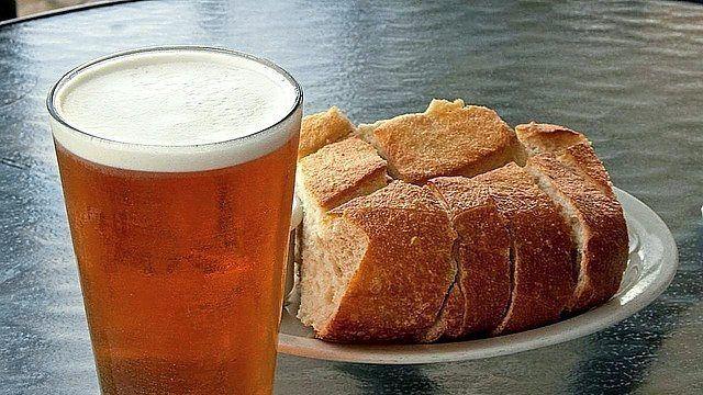 Nachhaltiger Genuss: Bier aus Brot. (Quelle: Symbolbild/pixabay)
