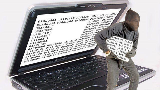 Um Datenräubern vorzubeugen: sich informieren und Schutzmaßnahmen ergreifen.  (Quelle: Antje Delater/pixelio.de)