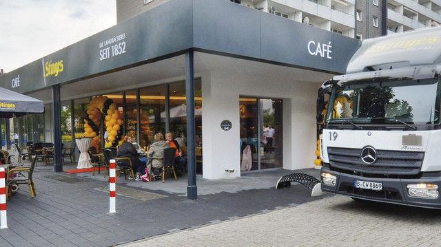 Eine der neueren Filialen der Landbäckerei Stinges in Krefeld. (Quelle: privat)