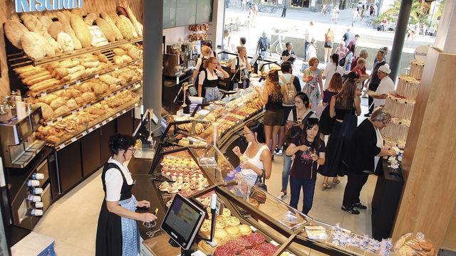 Rekordwert: 1,2 Millionen Kunden und Gäste kommen jährlich in die Bäckerei Rischart am Marienplatz in München. (Quelle: Filzek-Schwab)