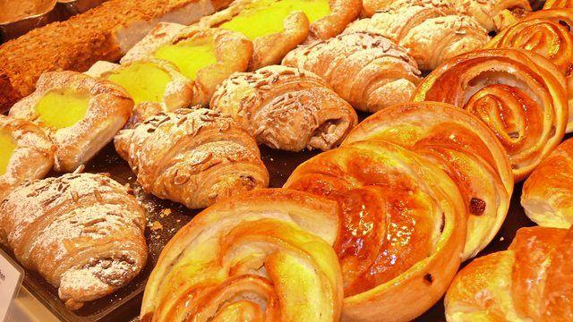 Feingebäcke wären direkt von einer Pflicht zur Minderung von Fett, Salz und Zucker betroffen. (Quelle: Archiv/Ott)