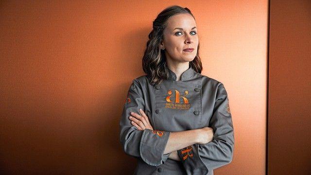 Live auf dem Iba-Forum: Schokoladen-Sommelière Annette Klingelhöfer.  (Quelle: Betrieb Klingelhöfer)