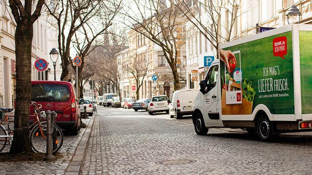 Online bestellen – und Lebensmittel geliefert bekommen. Der Lebensmittelhandel sieht da noch Potenzial.  (Quelle: Rewe Digital)