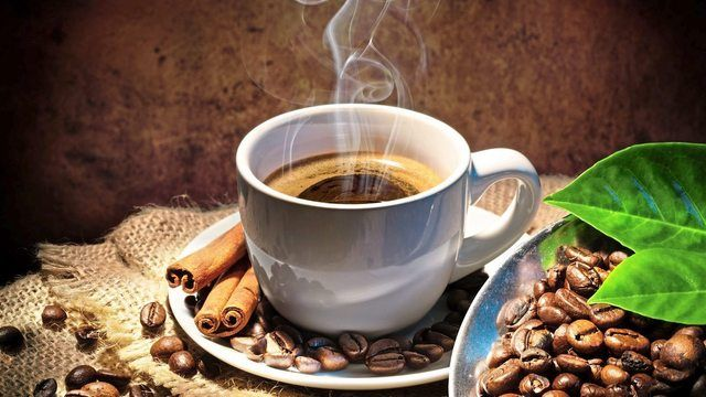 Kaffee können Studenten im Shiru Café nur gegen persönliche Angaben trinken.  (Quelle: Fotolia / Romolo_Tavani)