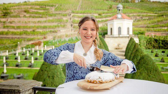 Lina Trepte aus Radebeul ist das 24. Dresdner Stollenmädchen. (Quelle: Schutzverband Dresdner Stollen., Michael Schmidt)