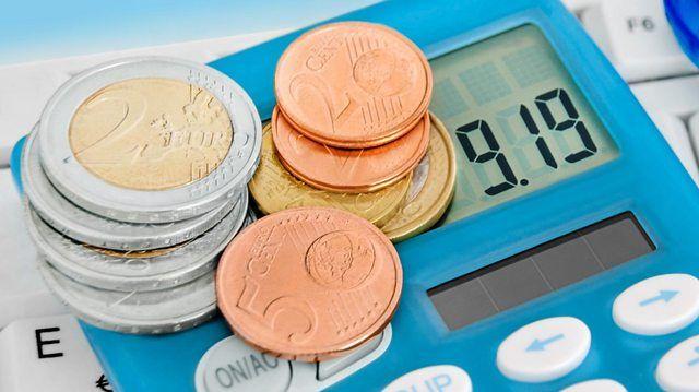 Der Mindestlohn in Berlin könnte bald höher sein als der Lohn pro Stunde bei Verkäuferinnen in Bäckereien.  (Quelle: Fotolia/PhotoSG)