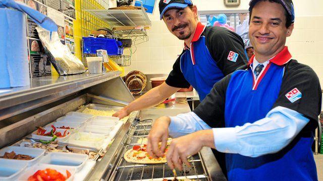 Pizzen werden in den Standorten nach telefonischer Bestellung zubereitet. (Quelle: Archiv/Unternehmen)