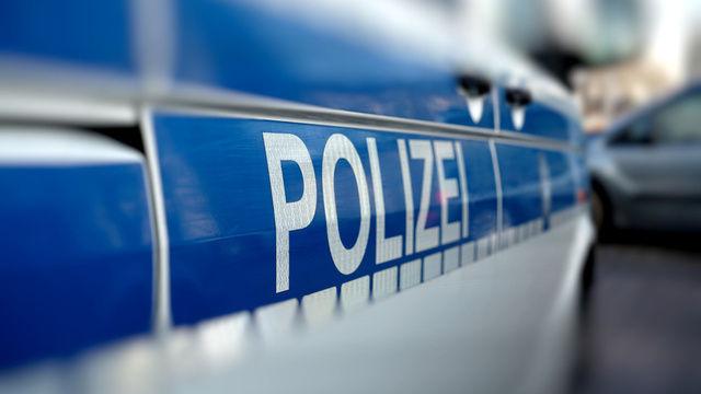 In Leverkusen rückte die Polizei zu einem vereitelten Überfall  aus.  (Quelle: Symbolfoto: Fotolia/Heiko Küverling)
