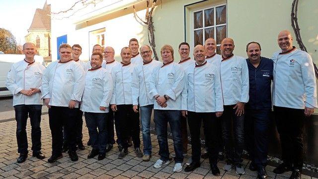 Die Brot-Sommeliers des Jahrgangs 2018 bei ihrem Abschluss mit Johann Lafer.   (Quelle: Bundesakademie Weinheim)