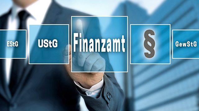 Die Finanzverwaltung hat die Sachbezugswerte für 2019 veröffentlicht. (Quelle: Fotolia/WSF)